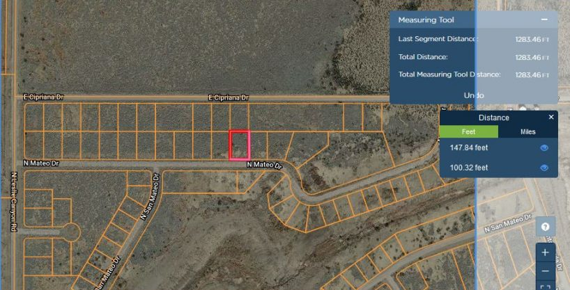 A great off the grid lot in Douglas, Az ! Near the new border being built! Lot 94 1/3  ac.